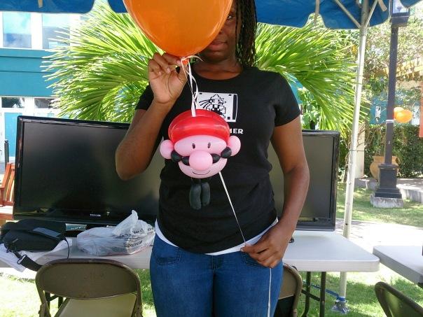 Skyjoy Holding the balloon Mascot