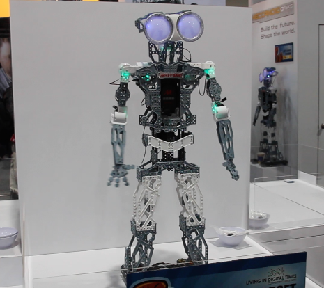 This robot looks like Johnny #5 from Short Circuit...